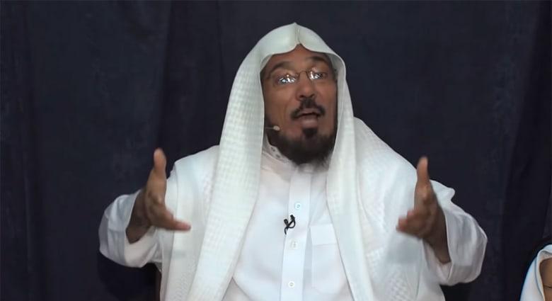 """نجل سلمان العودة: تفاجأنا باتصال من إدارة السجن يطلعنا على نقل الوالد إلى الرياض لجلسة """"تم تعجيلها"""""""
