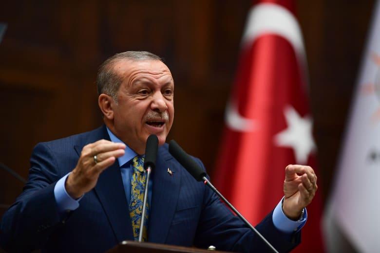 أردوغان يثير قضيتي خاشقجي ومرسي مجددا.. وأمير سعودي: يواصل هراءه