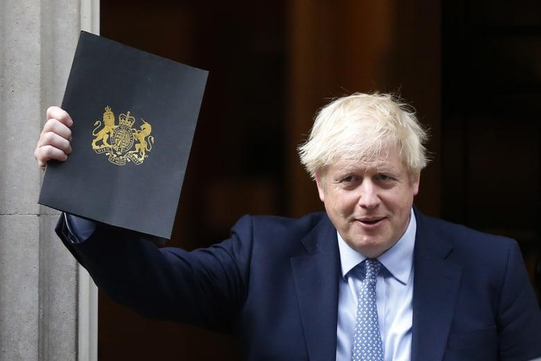 رئيس الوزراء البريطاني يدعو أحزاب المعارضة لإجراء تصويت بحجب الثقة عن حكومته