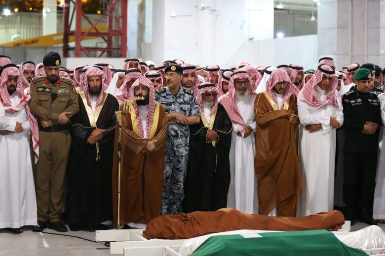السعودية.. تشييع جثمان عبد العزيز الفغم من الحرم المكي