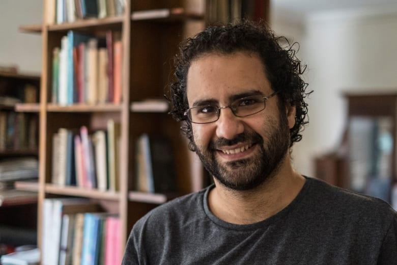 الحبس 15 يوما للناشط السياسي المصري علاء عبد الفتاح