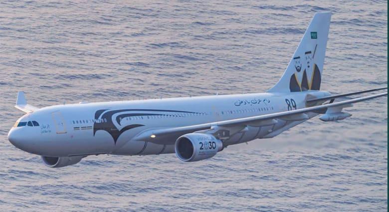"""توضيح فيديو """"طائرات مقاتلة سعودية ترافق موكب الملك سلمان"""" بعد الضجة بتويتر"""