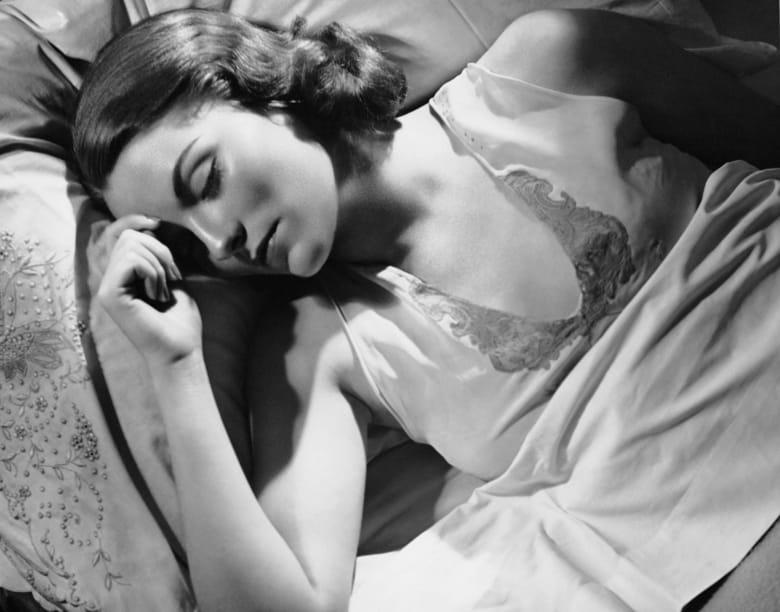 النوم أقل من 6 ساعات بوجود مرض مزمن يؤدي إلى مزيج قاتل