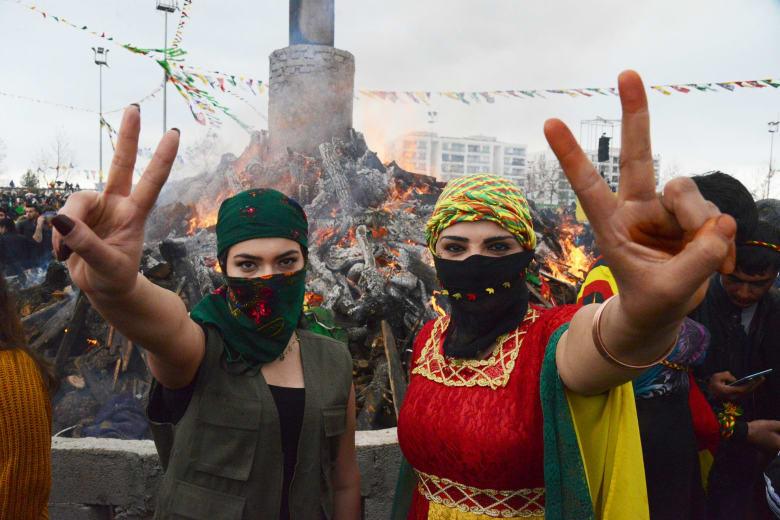 3 فصائل كردية رئيسية في سوريا وتركيا.. كيف تتعامل معهم أنقرة؟