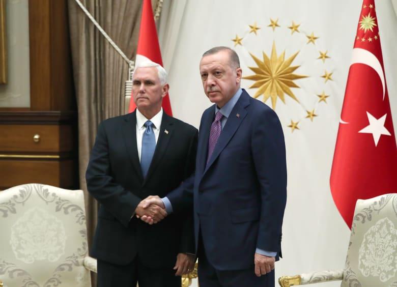 نائب الرئيس الأمريكي يعلن وقف العملية التركية في سوريا