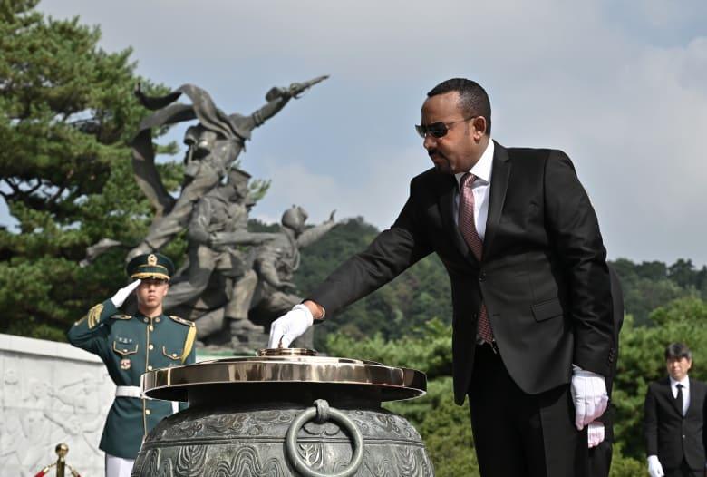 """رئيس الوزراء الإثيوبي يوجه رسالة غير مباشرة لمصر: """"لا قوة ستمنعنا من بناء السد"""""""