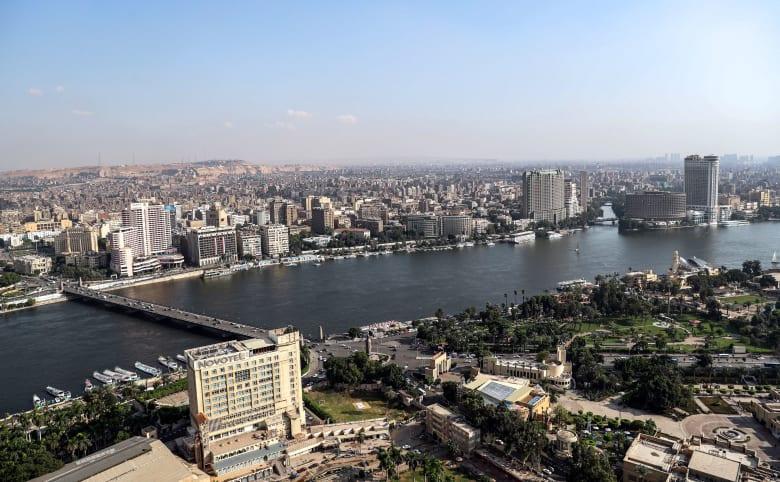 """الحكومة المصرية تحذر من """"الخروج من المنزل"""" بسبب الطقس السيئ"""