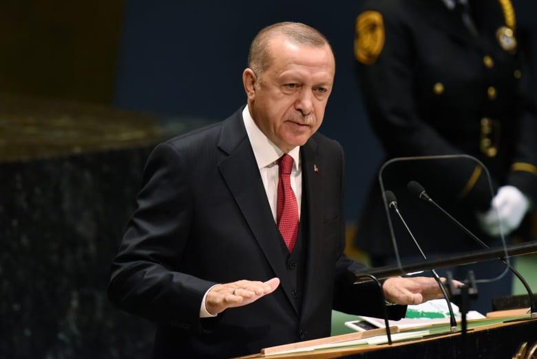 """أردوغان: يبدو أن انسحاب الأكراد من المنطقة المتفق عليها قد أُنجز بـ""""الكامل"""""""