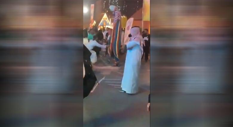 فيديو تهجم على مهرج في السعودية يُغضب تركي آل الشيخ
