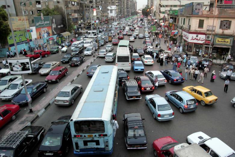 """""""فيروسات معدية مميتة في هواء مصر"""" يثير تفاعلا.. والحكومة ترد"""