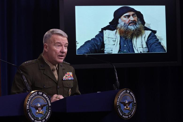 """متحدث داعش الجديد: """"الدولة"""" باقية وتتوسع.. وعلى أمريكا ألا تسعد بمقتل البغدادي"""