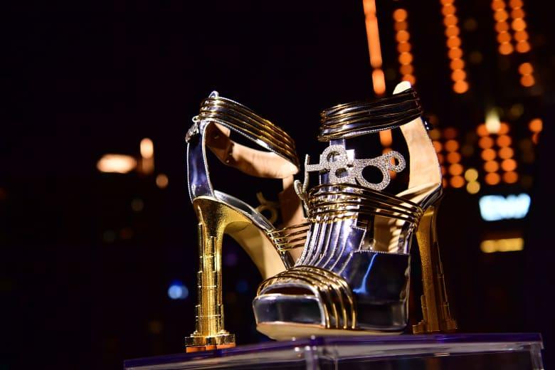 قيمته 73 مليون درهم.. كيف ألهم برج خليفة بدبي هذا الحذاء الأغلى بالعالم؟