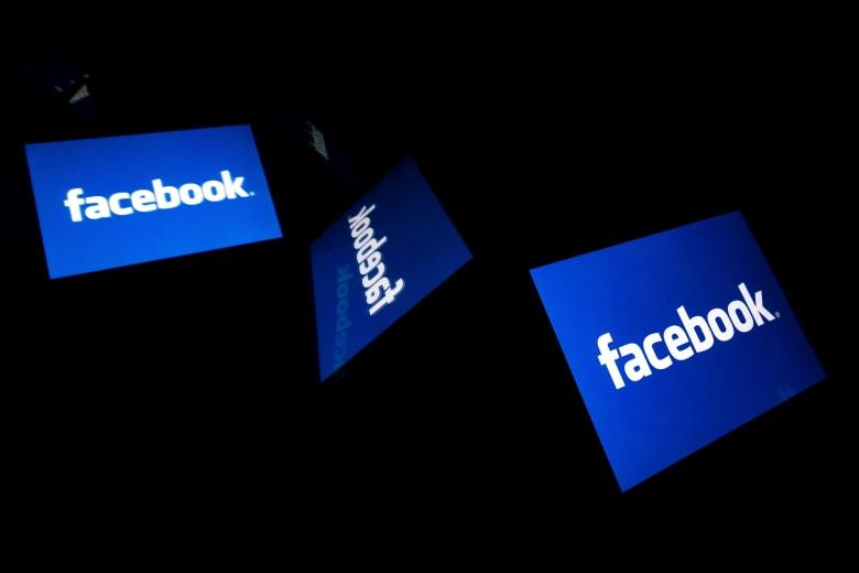 """تغيير طفيف من فيسبوك على علامتها التجارية.. وتغريدة """"ساخرة"""" من مؤسس تويتر"""