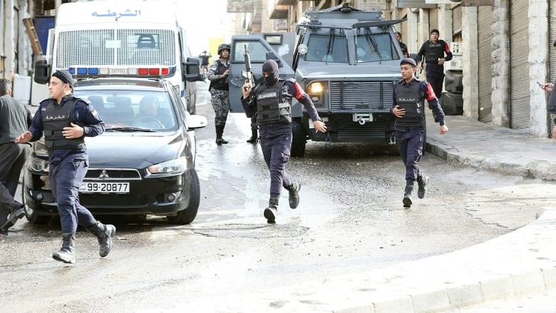 صورة أرشيفية لعناصر من قوات الأمن الأردنية