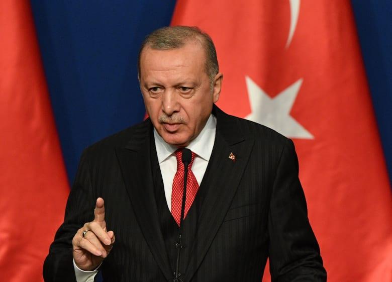 """أردوغان يطالب بالدعم الدولي وإلا """"فتح أبواب أوروبا"""" أمام اللاجئين السوريين"""