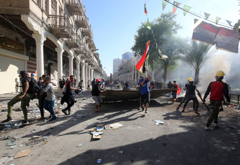319 قتيلا منذ بدء احتجاجات العراق.. والسلطات: نرفض أي حل أمني للتظاهر السلمي