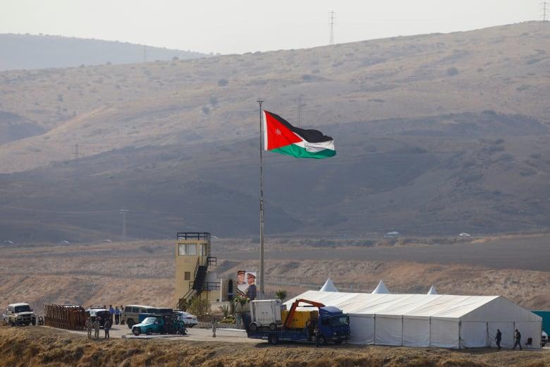 ملك الأردن يعلن استعادة السيادة الكاملة على الباقورة والغمر
