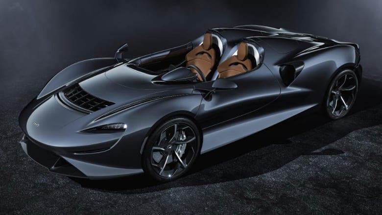 صممت سيارة ماكلارين إيلفا لتوفير تجربة قيادة استثنائية، إذ لا تتضمن نظام صوت ولا سقف أو واجهة أمامية على الإطلاق.