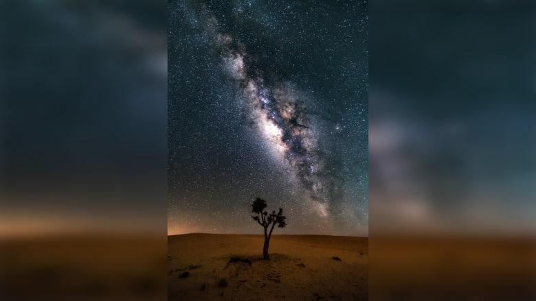 لقطات ساحرة لسماء الليل في صحراء أبو ظبي ستنقلك بعيداً إلى النجوم
