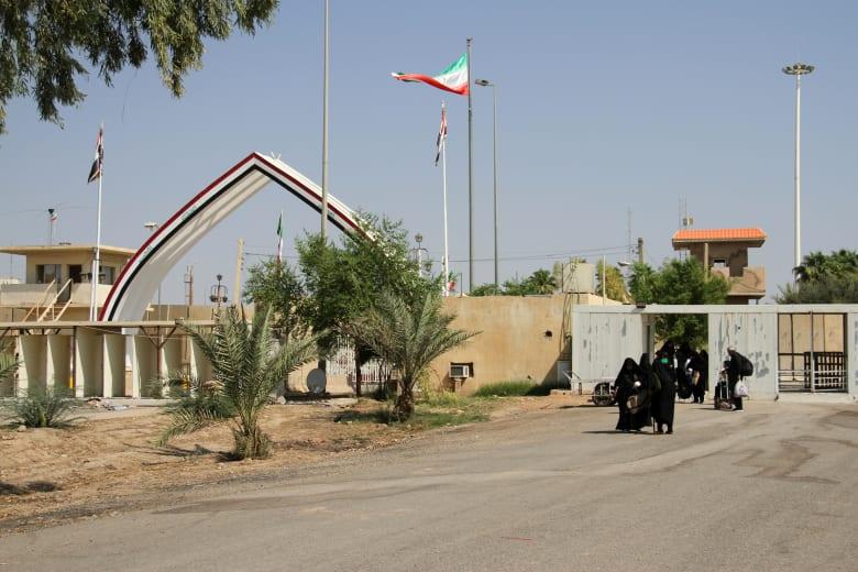 العراق يغلق منفذا حدوديا مع إيران بناء على طلب من طهران