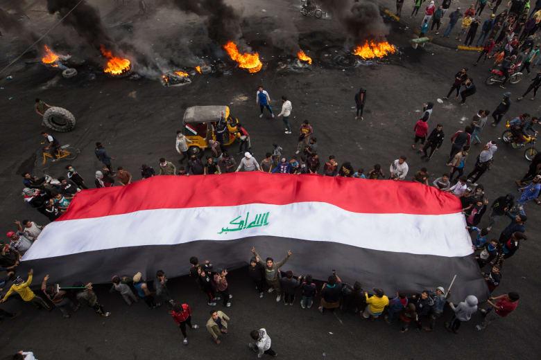 احتجاجات في العراق للمطالبة برحيل الحكومة وإجراء انتخابات مبكرة