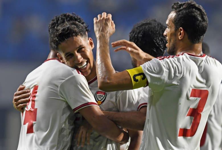 """اللحظات الأولى لوصول بعثة منتخب الإمارات إلى قطر للمشاركة في """"خليجي 24"""""""