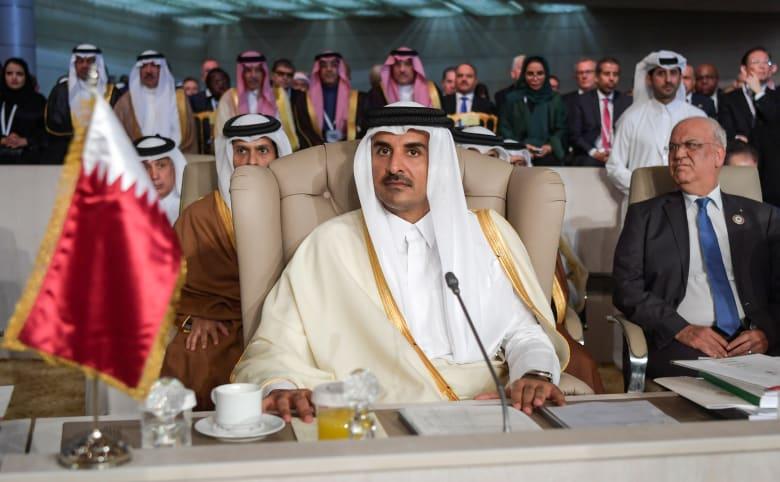 أمير قطر الشيخ تميم بن حمد آل ثاني في اجتماعات القمة العربية في تونس مارس 2019