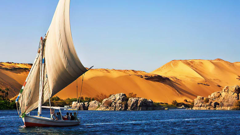 رحلات مراكب الفلوكة في النيل