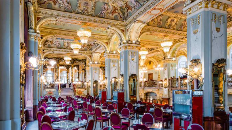"""هكذا يبدوا تصميم """"أفضل مقهى في العالم"""".. فما الذي يميزه؟"""