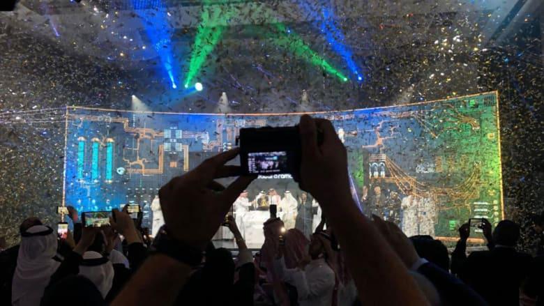 أرامكو تصبح أول شركة في العالم تبلغ قيمتها 2 تريليون دولار