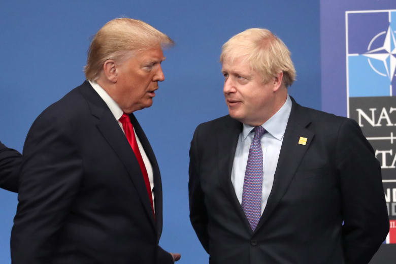 رئيس الوزراء البريطاني بوريس جونسون والرئيس الأمريكي دونالد ترامب