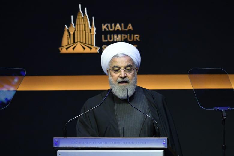 الرئيس الإيراني حسن روحاني في القمة الإسلامية بماليزيا