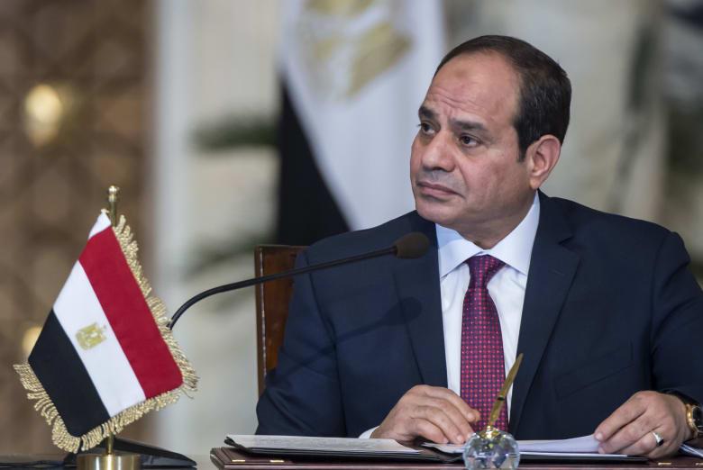 """الرئيس المصري يؤكد أهمية تسوية الأزمة الليبية.. والحد من التدخلات الخارجية """"غير المشروعة"""""""