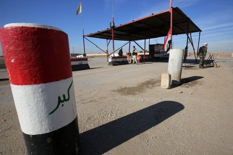 حاجز أمني لإحدى كتائب الحشد الشعبي في العراق