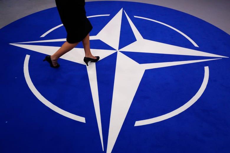 """حلف الناتو يُعلق مهام التدريب في العراق بعد """"التطورات الأخيرة"""" لمقتل سليماني"""