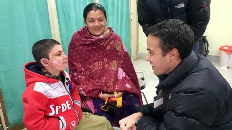 """منظمة """"Mission Plasticos"""" للجراحة الترميمية في نيبال"""
