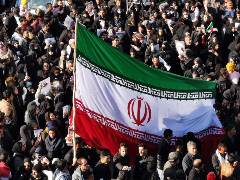 أمير سعودي يسخر من ضربات إيران الصاروخية ضد القوات الأمريكية