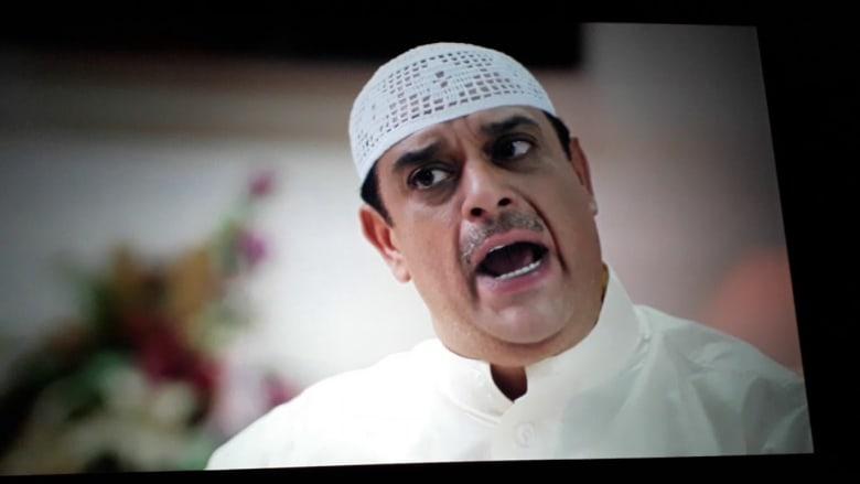 """وفاة الفنان البحريني علي الغرير عن عمر يناهز 51 عامًا: وداعًا """"طفاش"""" راسم الضحكة"""