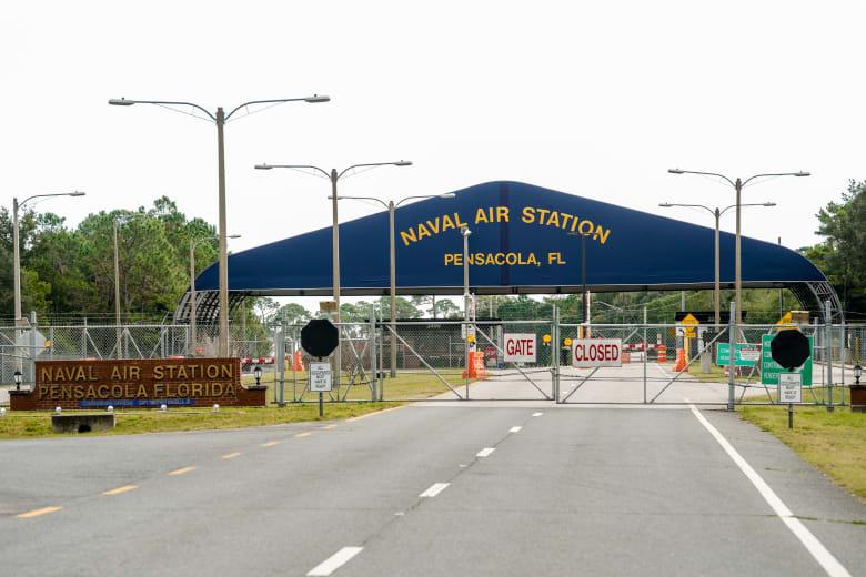 قاعدة بنساكولا الجوية في فلوريدا والتي شهدت حادثًا لإطلاق النار من متدرب سعودي