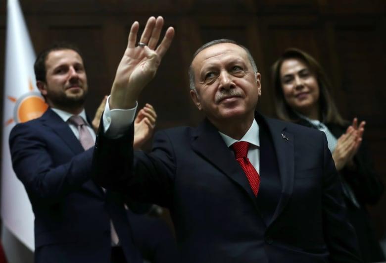 أردوغان يتوعد حفتر ويؤكد: ليبيا كانت لعصور جزءا مهما من الدولة العثمانية