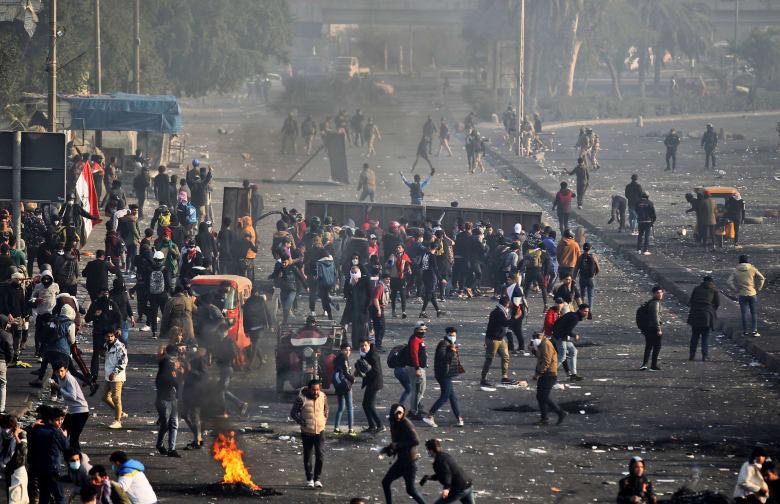 تصاعد الاحتجاجات ومواجهات بين قوات الأمن والمتظاهرين في العراق