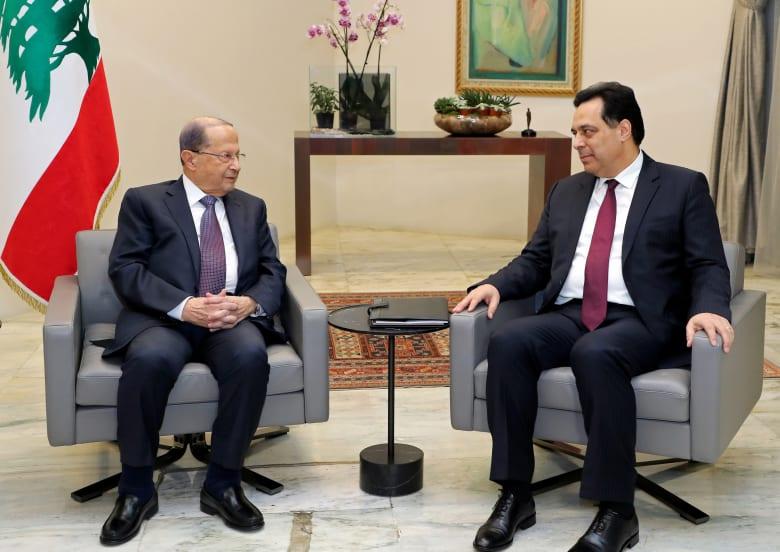رئيس الحكومة اللبنانية الجديد حسان دياب ورئيس الجمهورية ميشال عون