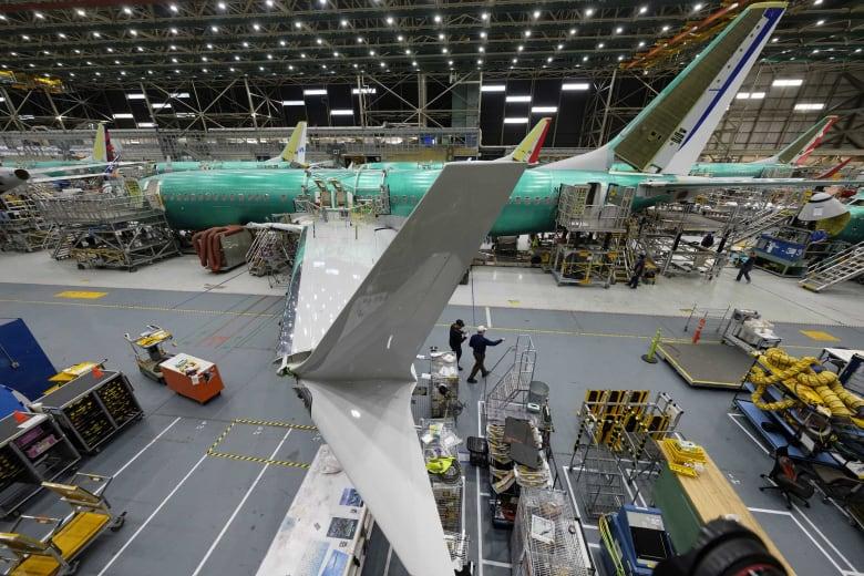 بوينغ تسجل أول خسارة سنوية لها منذ 22 عاماً بسبب أزمة 737 ماكس