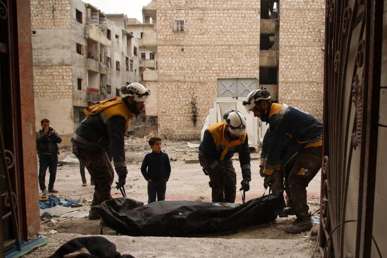 مقتل 11 على الأقل في غارات جوية في شمال غرب سوريا