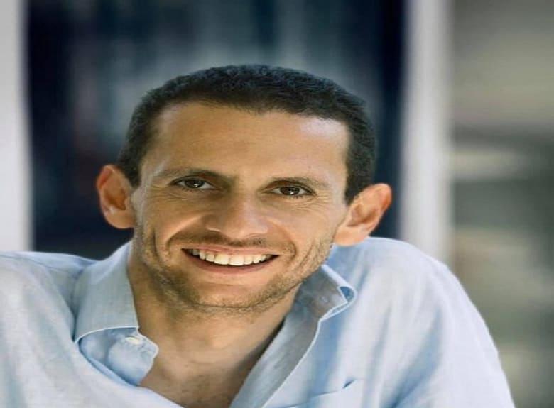 حزن في مصر بعد مصرع رائد الأعمال خالد بشارة وسط جدل حول حوادث الطرق