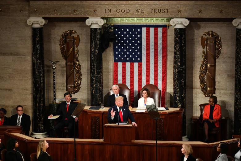 الرئيس الأمريكي دونالد ترامب يلقي خطاب حالة الاتحاد أمام الكونغرس