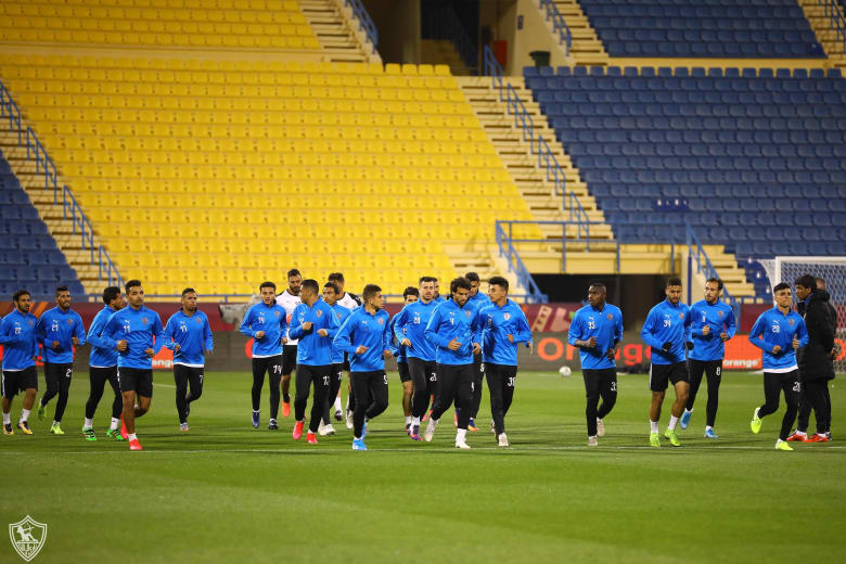 فريق نادي الزمالك المصري لكرة القدم في تدريبات مباراة كأس السوبر الأفريقي