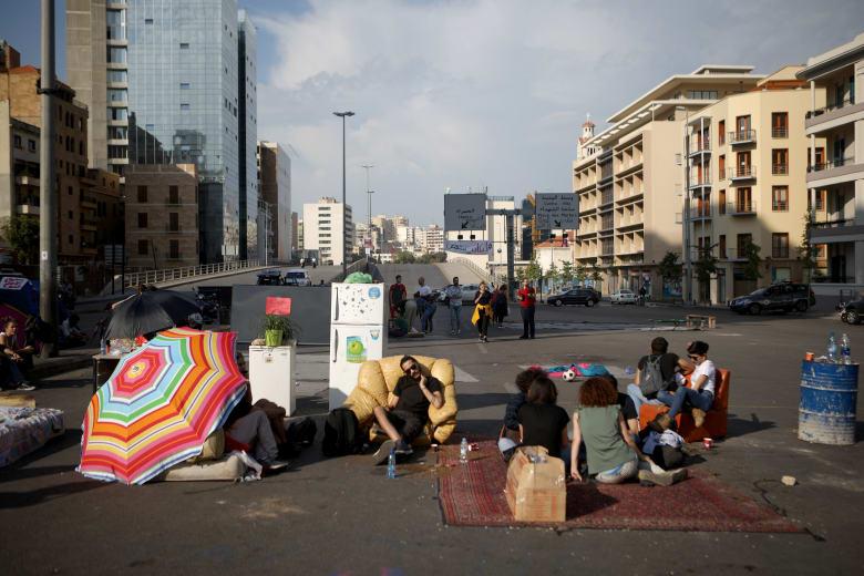 صندوق النقد الدولي في بيروت.. ولبنان لم يطلب مساعدات مالية منه