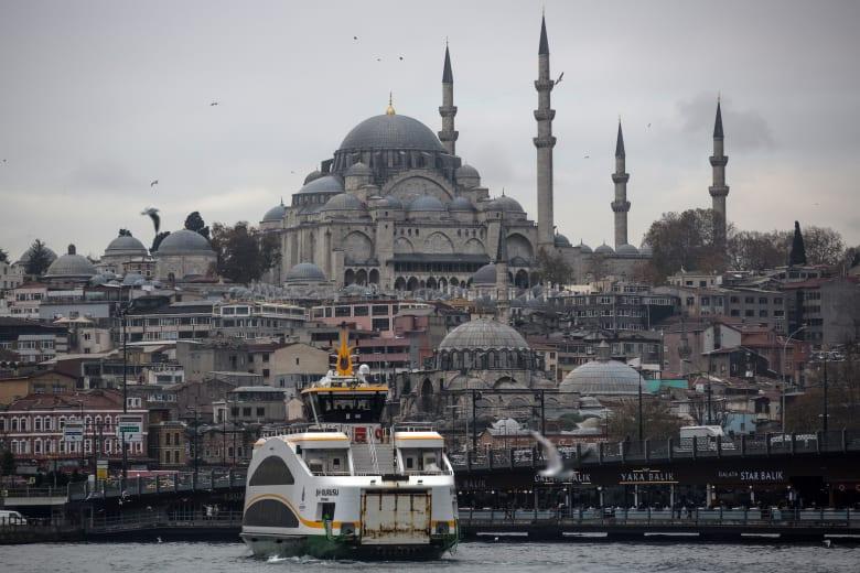 شركة قطرية تشتري فندقين في إسطنبول بقيمة 102 مليار دولار