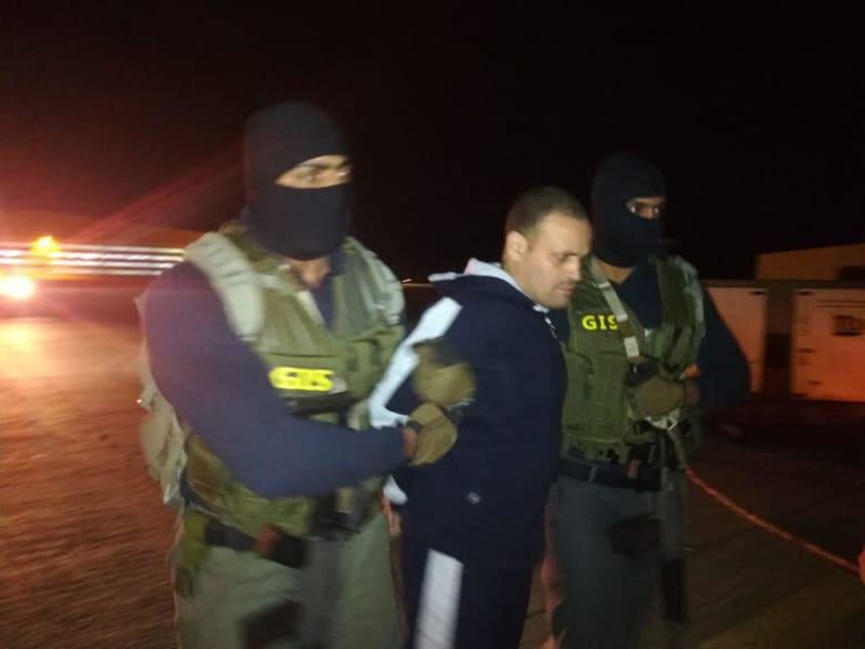القوات الخاصة المصرية تتسلم هشام العشماوي المدان في عدة قضايا إرهاب